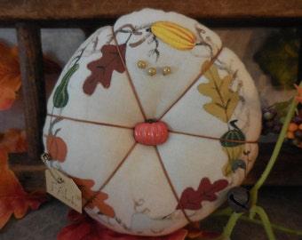 Primitive Handpainted Fall Harvest Pin Keep Folk Art Autumn Pin Cushion Ornament