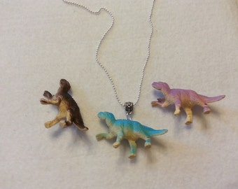 3D Retro  Realist Dinosaur Pendant Necklace.
