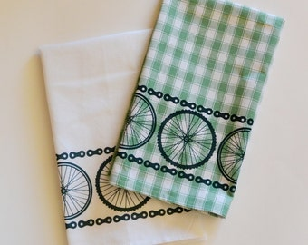 Bicycle Kitchen Dish Towels-Bicycle Wheels and Chains-Set of two-Bicycle Gift-Green,White,housewarming,bicycle gift,cycling gift