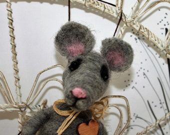 Needle felted gray mouse ornament, wool cheese ornament, mouse with cheese ornament, grey mouse, ready to mail ornament