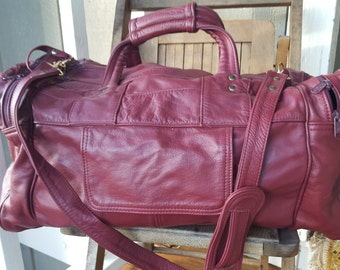 CORDOVAN   ///    VTG Leather Duffel