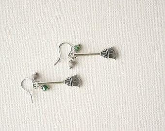 Harry Potter Earrings, Quidditch Broom Earrings, Slytherin Earrings, Harry Potter Jewelry, Slytherin Jewelry, Quidditch Jewelry, Trending