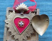 Gold Toned Flaming Sacred Heart Ex-Voto Vintage SACRED HEART Metal Cachette with Marian Monogram Ornament