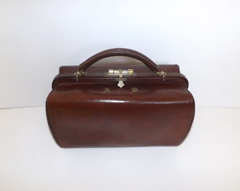 Antique 1900s brown leather large doctors bag gladstone mary poppins handbag