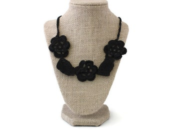 ON SALE - Crochet Necklace - Crochet Jewelry - Black Necklace - Vegan Necklace - Crochet Collar - Statement Necklace - Necklace