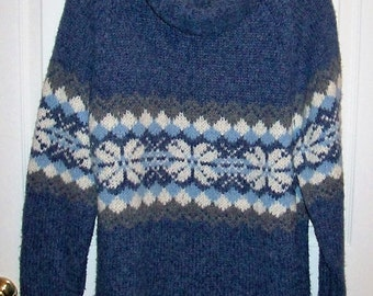 Vintage Ladies Blue & White Cowl Neck Ski Sweater by Northcrest Large Only 7 USD
