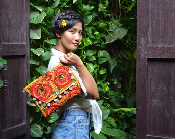 Fold Over Magnetic Closure Embroidered Clutch Thailand (BG306WC-OI)