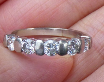PLATINUM  WOW factor  one carat of diamonds 5 diamonds total anniversay band engagment ring