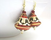 Red,Black And White Gold Tone Meenakari Earrings,Meenakari Earrings,Enamel Earrings