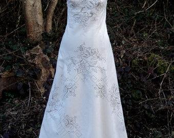 Embroidered Cream Cotton Wedding Dress