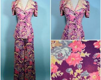 Vintage 70s Mod Floral Pant Suit, Purple Flower Hippie Wid Leg Pants, Short Sleeve Tunic Top, Boho Hippie Flowery Suit