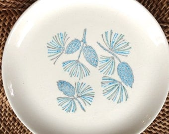 Cake Plates, Blue Spruce by Marcrest Stetson China