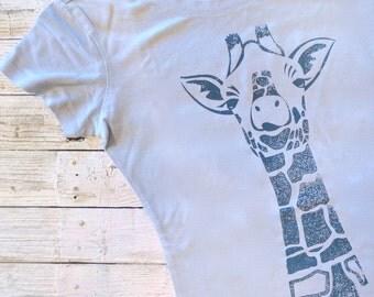 Giraffe Tshirt, Organic Clothing, Animal Tee, Womens T shirts, Giraffe T shirt, Giraffe Print, Bamboo Shirt, Womens Tee Shirt, GIRAFFE