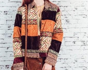Vintage patchwork jacket/tapestry jacket /beaded jacket/hippie jacket/bohemian jacket/bohemian chic/velvet jacket/size medium