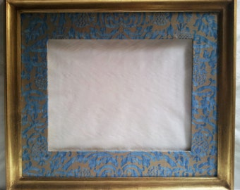 Gilt Gold Leaf Wooden Large Frame with Fortuny Fabric Hand-Wrapped Passepartout Blue-Green & Silvery Gold Orsini Pattern - Made in Italy