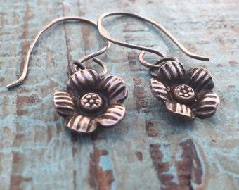 Silver flower earrings / bohemian earrings