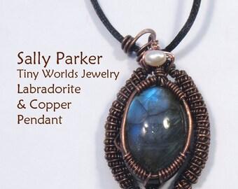 Big Bead Copper Coil Labradorite Pendant