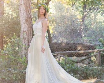 Gold Long Wedding Dress, Lace Wedding Dress,  Long Fairy Wedding Gown, Romantic Wedding Dress, Gold Wedding Gown, Long Grecian Wedding Dress