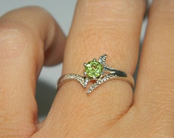 Peridot Ring, Ring With Natural Stone, August Birthstone Ring, Low Profile Ring
