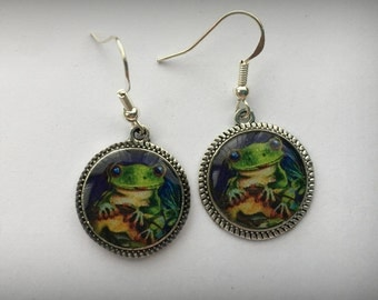 Frog Earrings Picture Jewelry 3D Dimensional Bright Silver Green Multicolored