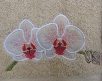 "Applique/Embroidery ""Orchid Beauty"" Bath Towel Set (2)"