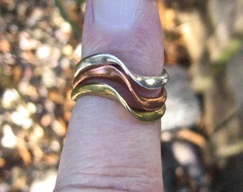 SALE Vintage Tri Tone Sterling Silver and Bronze Wave Ring Set