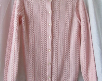 sweet Vintage lightweight PINK CABLE knit SWEATER Size Medium-Large button down cardigan