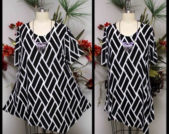 Dare2bstylish In Style Travelers Geometric Print Tunic top Small to 3XL. Plus Top, Asymmetrical Top Tunic