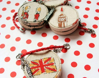 London Trip. Handbag for Blythe and other similar size doll by DanielaPink