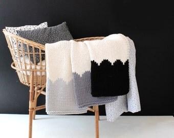 Baby Blanket Scallop Neutrals for Bassinet or Stroller, Baby Blanket Knit