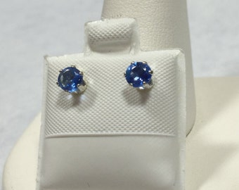 Blue Quartz Sterling Silver Earring Studs 4 mm Round