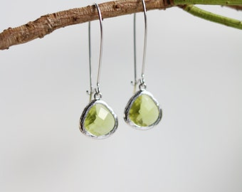 Peridot Earrings - Silver Dangle Earrings - Stone Earrings - Drop Earrings - Birthstone Earrings - Green Earrings  - Peridot Jewellery