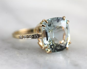 Frosty Aquamarine and Diamond Ring  1MN0E9-D