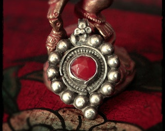 Rajasthan Carnelian Silver Amulet - Indian Tribal Pendant - Indian Carnelian Amulet - Indian Tribal Jewelry - Tribal Silver Pendant