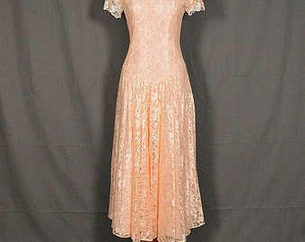 Vintage Lace Peach Short Sleeve Summer Casual Wedding Dress, Size 8