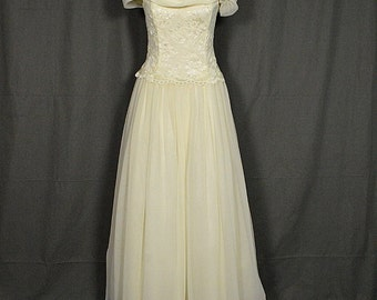 Vintage Ivory and White Chiffon Lace Off the Shoulder Wedding Gown, Scott McClintock Size 8