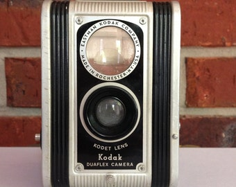 Vintage Kodak Duaflex 620 Camera