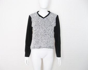 ON SALE 90s Contrast Fuzzy Texture & Black Stretch Velvet V Neck Long Sleeve shirt