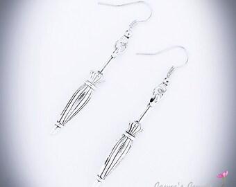 Umbrella Earrings, Antique style Earrings, Parasol, Umbrella, Victorian Umbrella, ,