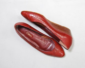 1970's Calico Oxblood Red Leather Wedge Flats • size 8