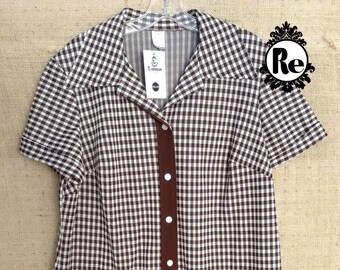 Vintage Top Shirt Blouse 1970's Women's Brown & White Gingham  Print Button Front Short Sleeve Top with Pockets No. 9