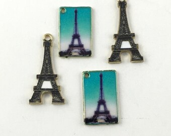 4 postcards and eiffel tower charms gold tone and enamel , 18mm to 26mm  #CH 459