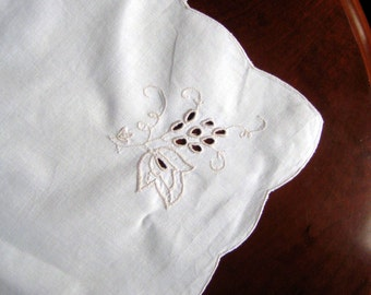Vintage cotton tablecloth -  open cutwork - cottage charm - French Country tablecloth - accent decor  -  Vintage Gift for Her