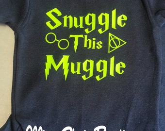 Harry Potter Baby Clothes, Snuggle this Muggle, Harry Potter Onsie, Funny Baby Onesie, Baby Humor, Funny Toddler Shirt, Baby Shower Gift