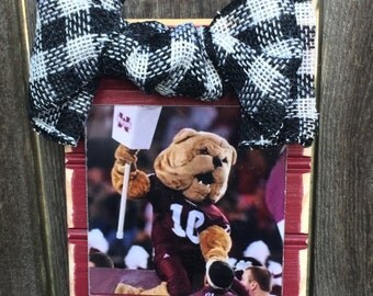 Mississippi State Beadboard Ornament Frame with Burlap Ribbon