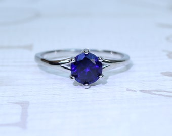 Natural 1.5ct Blue Sapphire solitaire ring in Titanium or White Gold - engagement ring - wedding ring - handmade ring