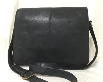 Giani Bernini,leather bag, Dark Blue ,Leather, Shoulder Bag, Organizer,bag,purse, Free shipping in the US