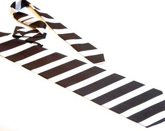 "Wide 70s Tie,Brown & White Paolo Verdi Polyester Tie with Bold Diagonal University Stripe,Vintage 56.6"" x 4.3"" Preppy Retro Tie"