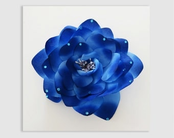 Vintage Silk Flower Corsage . Old Hollywood . Corsage . Blue . Pin . Rose .