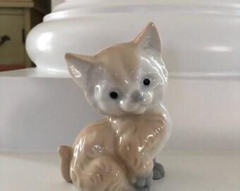 Vintage Kitten Figurine, Ardco Cat Figurine, Japan